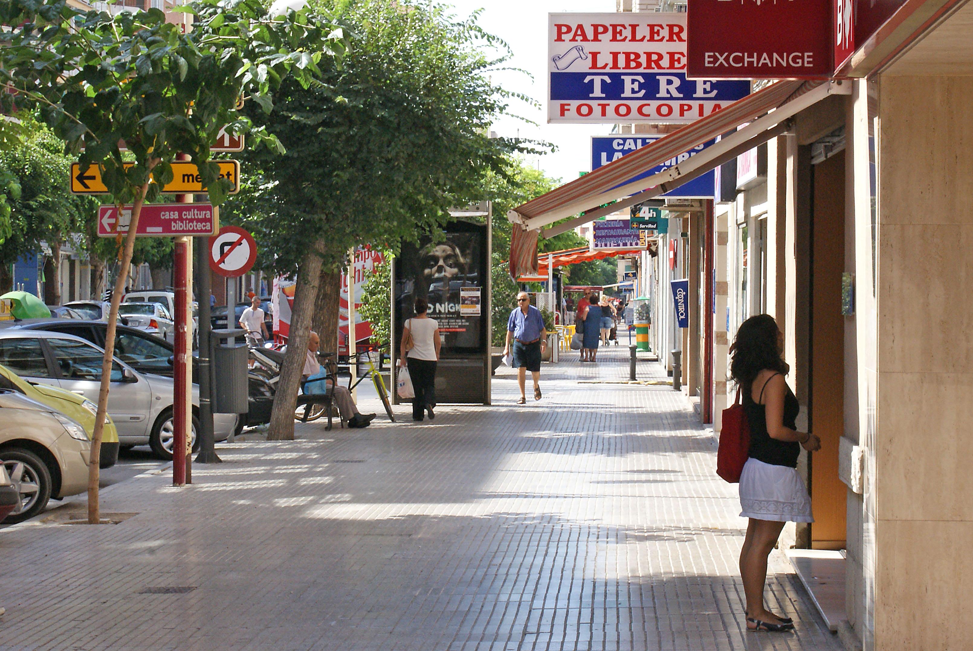 La CEC pide a las Administraciones Públicas de Cantabria prudencia y consenso a la hora de tratar la liberalización de horarios comerciales y las aperturas dominicales autorizadas