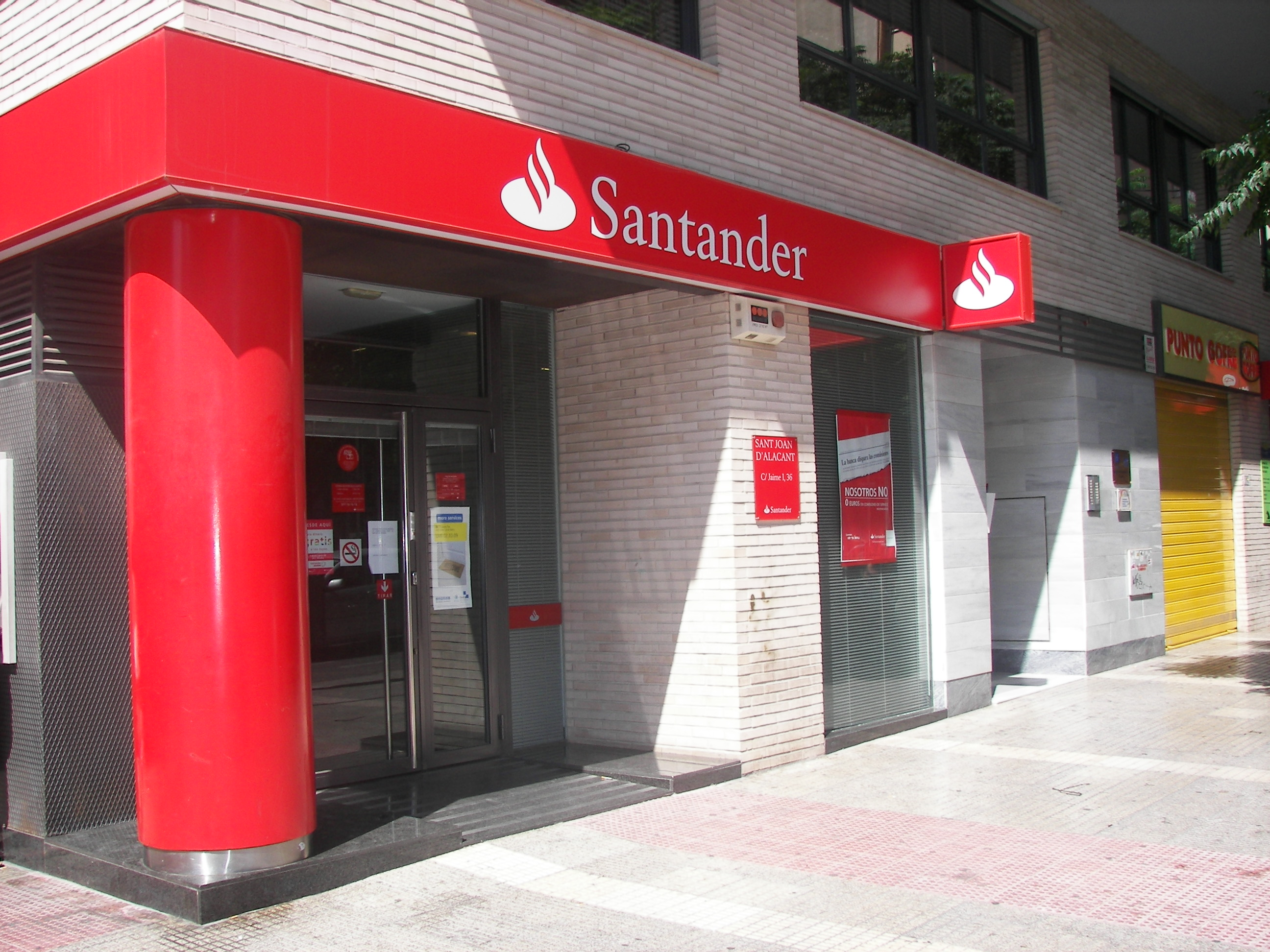 Bsch banco santander central hispano ajuntament de sant for Banco santander oficinas